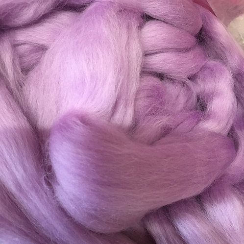 Lilac Corriedale Top 50G