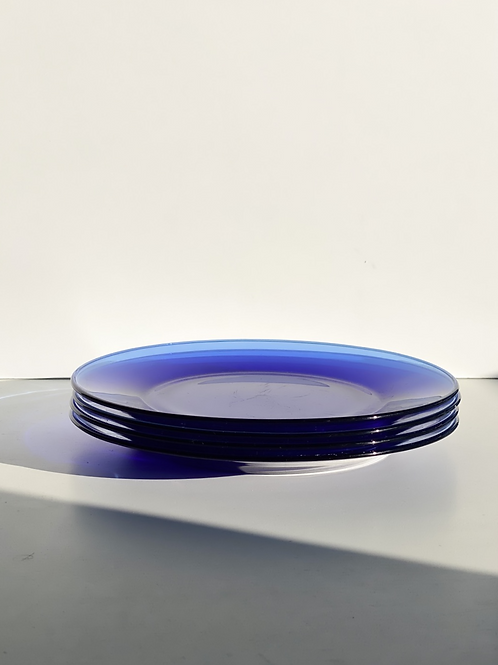 electric blue glass dining plates (set of 4)