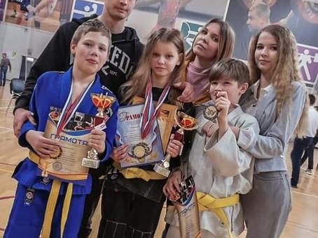 4 апреля в г.Куровское прошел турнир по джиу-джитсу не-ваза, посвященный Дню Космонавтики.