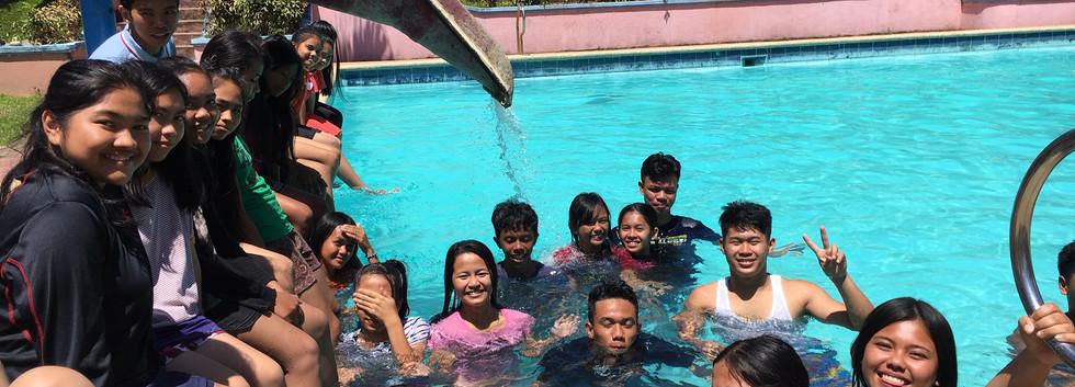 Poolside 3