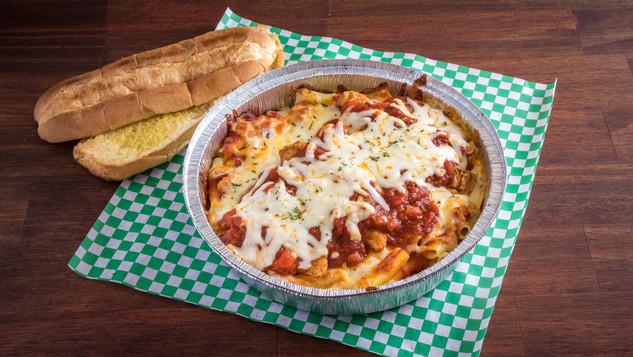Fratellis Pizza_092918-_91A9133.jpg