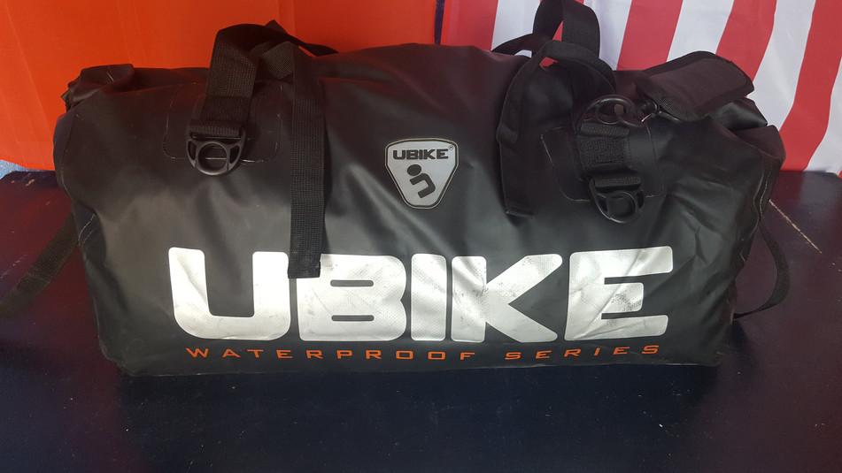 Rack-pack : matériel de camping