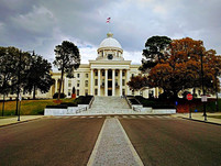 15-Alabama-State-Capitol-building-Montgomery-Alabama-680x510_edited.jpg