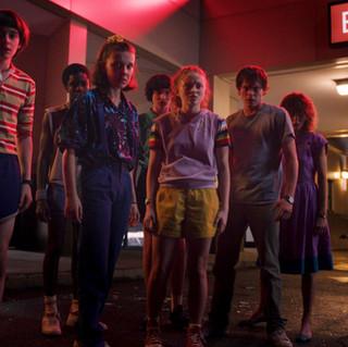 Stranger Things ganha primeiro trailer da terceira temporada.