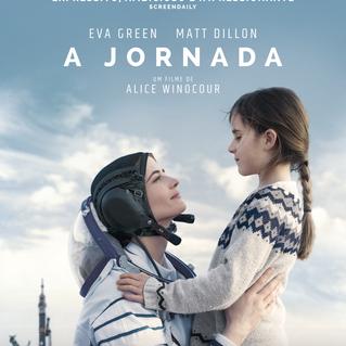 """Intérprete de uma astronauta, Eva Green despede-se da filha no emotivo pôster de """"A Jornada"""""""