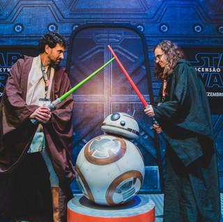 Batalha de Jedi é ponto alto no estande da Disney na CCXP 2019