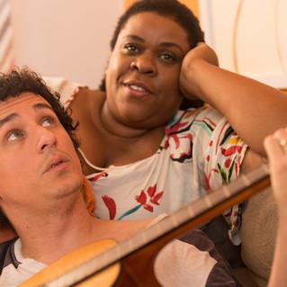 Comédia estrelada por Rafael Portugal e Cacau Protásio começa a ser rodada no Rio De Janeiro