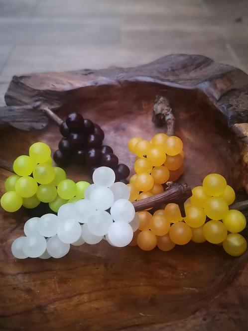 Hrozen vína malý, alabastr