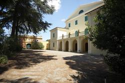 villa-01.jpg