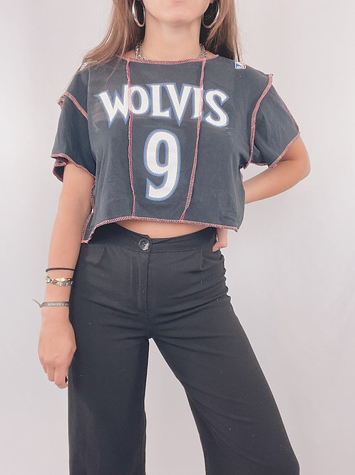 T-SHIRT UPCYCLÉ ADIDAS WOLVES