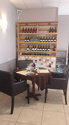 La cave à vins des Caudalies restaurant à Questembert