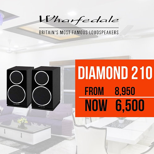 Diamond 210 Bookshelf Speakers