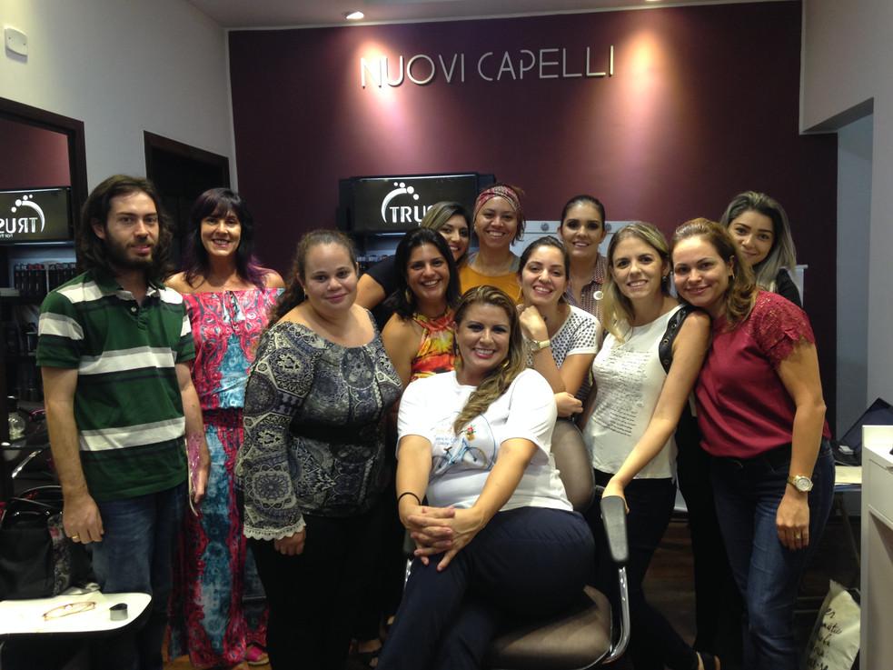 Parceria de sucesso entre Nuovi Capelli e Editora, Consultoria Roda da Kika