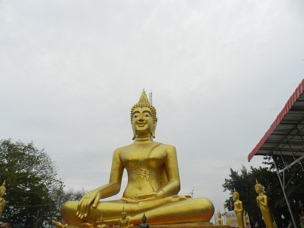 things to do in Pattaya Wat Phra Yai