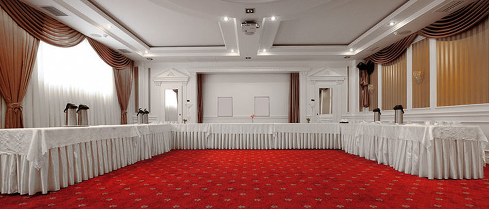 Banquet  Halls-Hotels.jpg