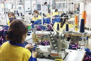 06 弊社で経営中の縫製工場.jpg