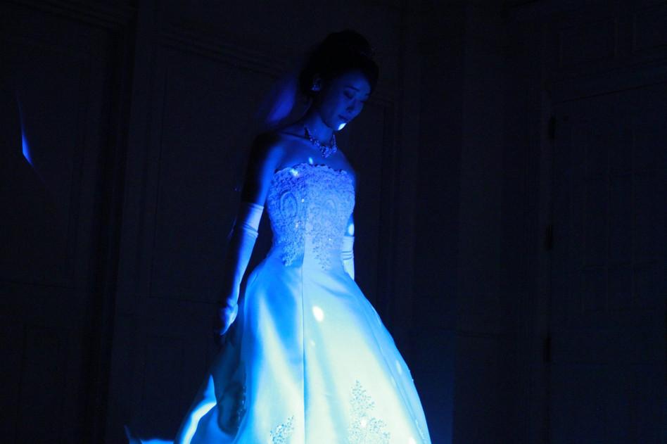 WeddingDressProjectionMapping_3