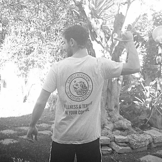 The Physio Trainer!__#physiotrainer #physiotraineracademy #wellnessandtherapy #physiotrainertshirt #