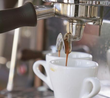 ¿Un café que cuesta $45 mil?Pequeños hábitos financieros que a la larga hacen la diferencia
