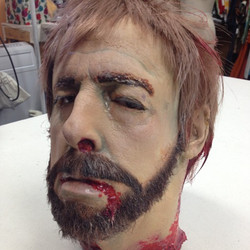 Life cast, Severed head