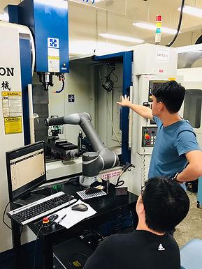 【EdTech特色辦學】達明機器人與新北高工培育智慧機械人才,攜手打造機器人校訂課程