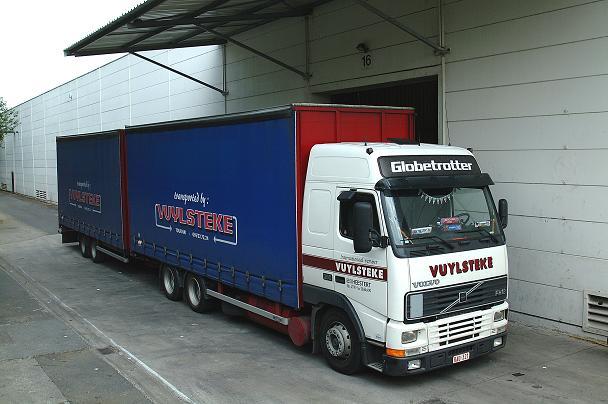 vrachtwagen-aanhanger3