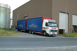vrachtwagen-aanhanger1