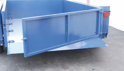 AirtowTrailers_TailGate.jpg