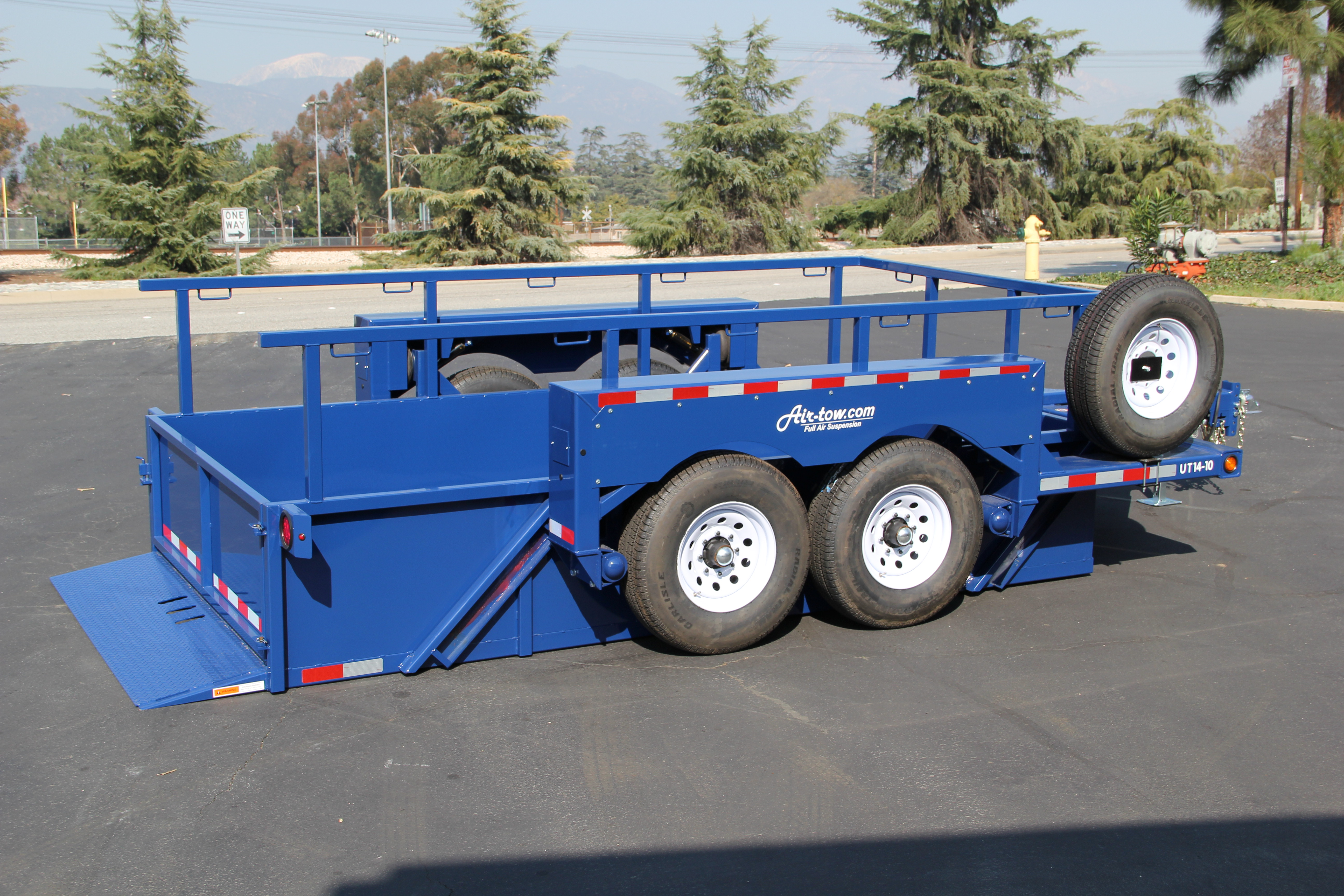 AirtowTrailers_Utility_2.jpg