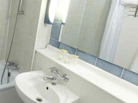 campanile-soissons-salle-de-bain.jpg