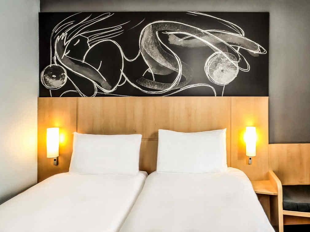 ibis-saint-genis-pouilly-geneve-chambre-