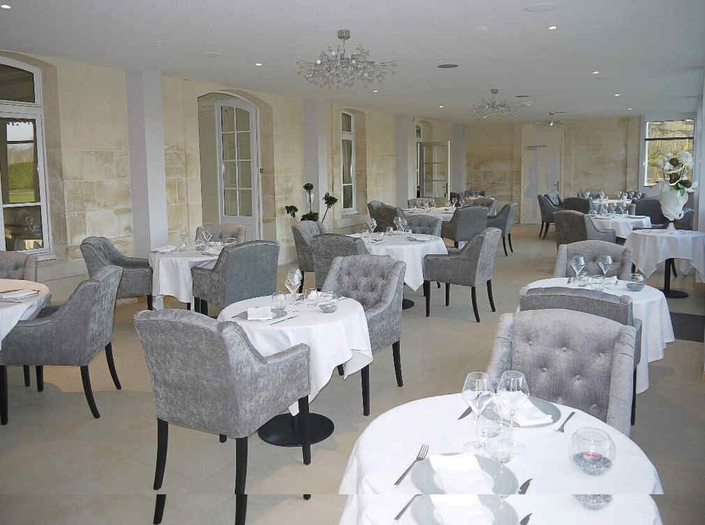 chateau-de-breuil-restaurant.jpg