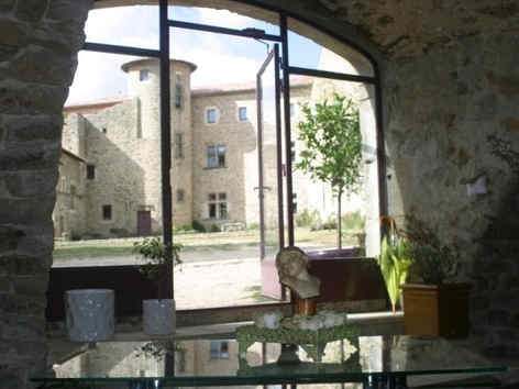 chateau-du-besset-saint-romain-de-lerps.