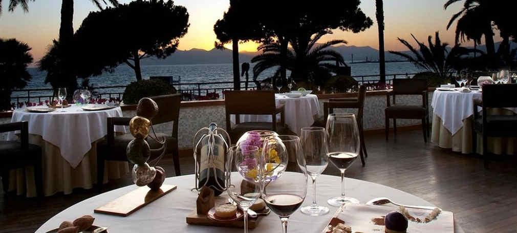 hotel-martinez-cannes-restauration-2.jpg
