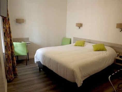 hotelduparcmoulinschambre.jpg