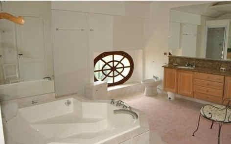 chateau-des-roques-chambre-salle-de-bain
