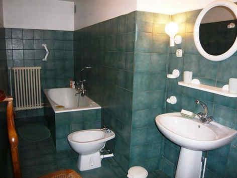 chateau-de-bonnac-salle-de-bain.jpg