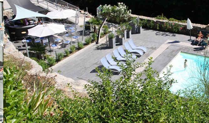 la-manufacture-vals-les-bains-piscine.jp
