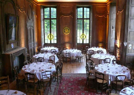 chateau-de-thugny-banquet.jpg