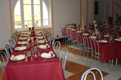 castel-d-olmes-salle-reception.jpg