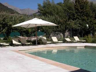 villa-morelia-jausiers-piscine.jpg