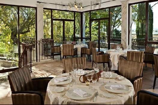 hostellerie-la-fuste-restaurant.jpg