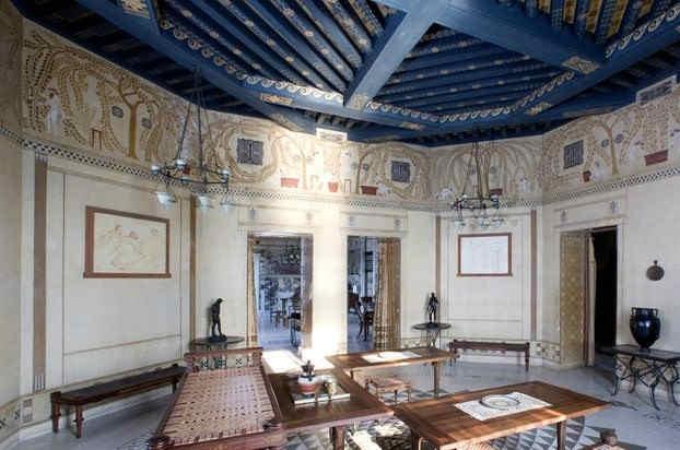 villa-grecque-kerylos-interieur-3.jpg