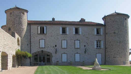 chateau-de-cachard-boffres-facade-2.jpg