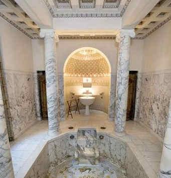 villa-grecque-kerylos-interieur-4.jpg
