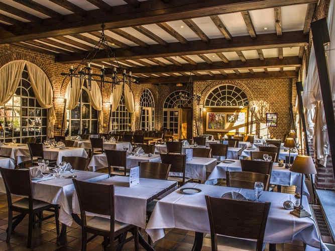 chateaudelamottelouchymontfandrestaurant