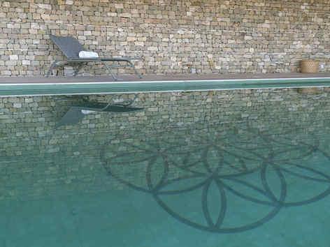 piscinedomainedesaintquentin.jpg