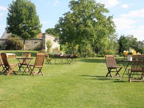 les-pommerieux-buzancy-jardin-2.jpg