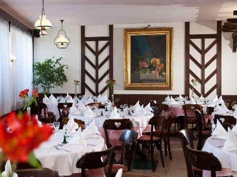 pavillon-le-carina-gap-restaurant-2_7207