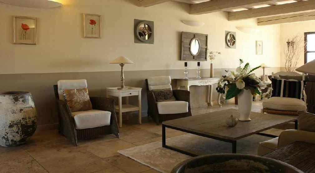 bastide-saint-georges-forcalquier-salon